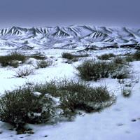 Verschneite Wüstenlandschaft im Iran